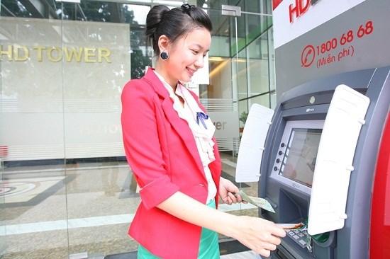 Điều kiện đăng ký và thủ tục mở thẻ ghi nợ quốc tế HDBank Visa