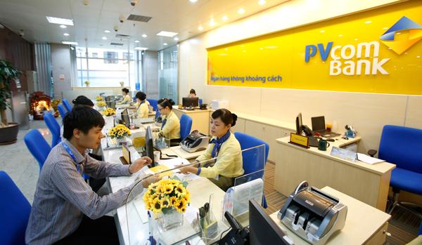 Khách hàng vay thấu chi ngân hàng PVcomBank