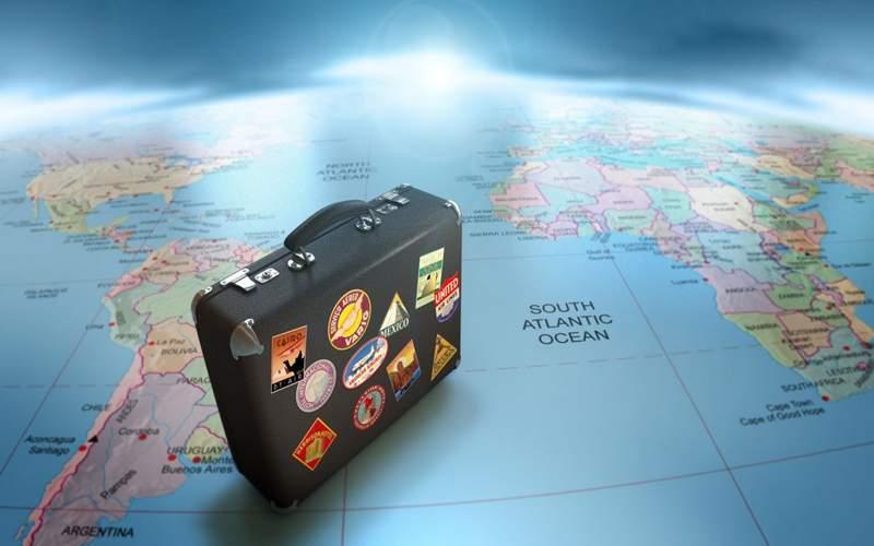 Dùng thẻ Visa và Mastercard giúp khách hàng đi du lịch mà không cần mang theo tiền mặt bên người