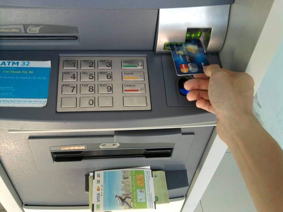 thebank_hinh3dunothetindunglagi_1511579981