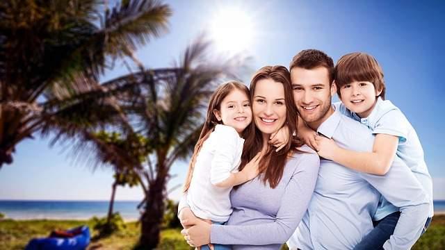 thebank_family3400033_640_1582001760
