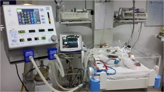 Máy thở nhân tạo, monitoring, bơm tiêm điện…và hệ thống thiết bị hiện đại
