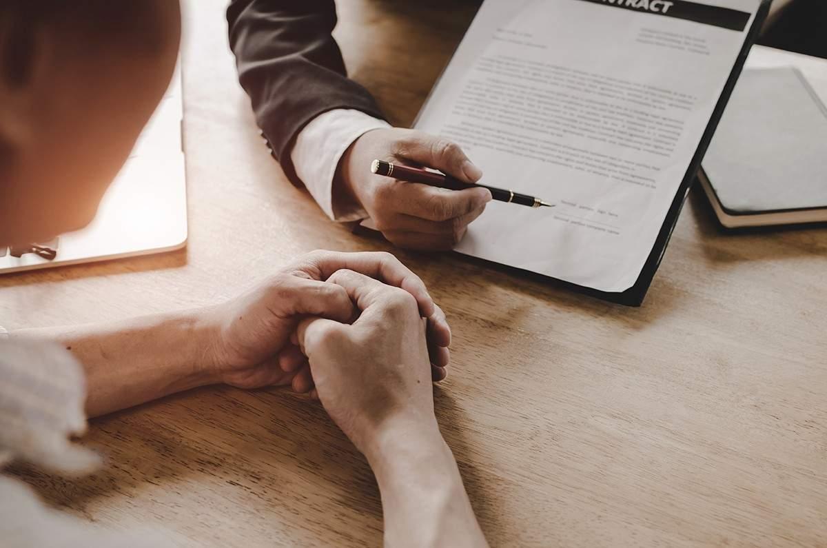 giá trị tài khoản hợp đồng và giá trị giải ước khác nhau như thế nào?