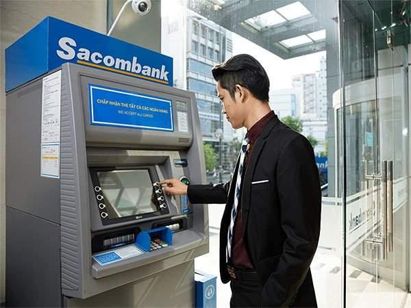 Bạn có thể tra cứu số tài khoản Sacombank tại cây ATM