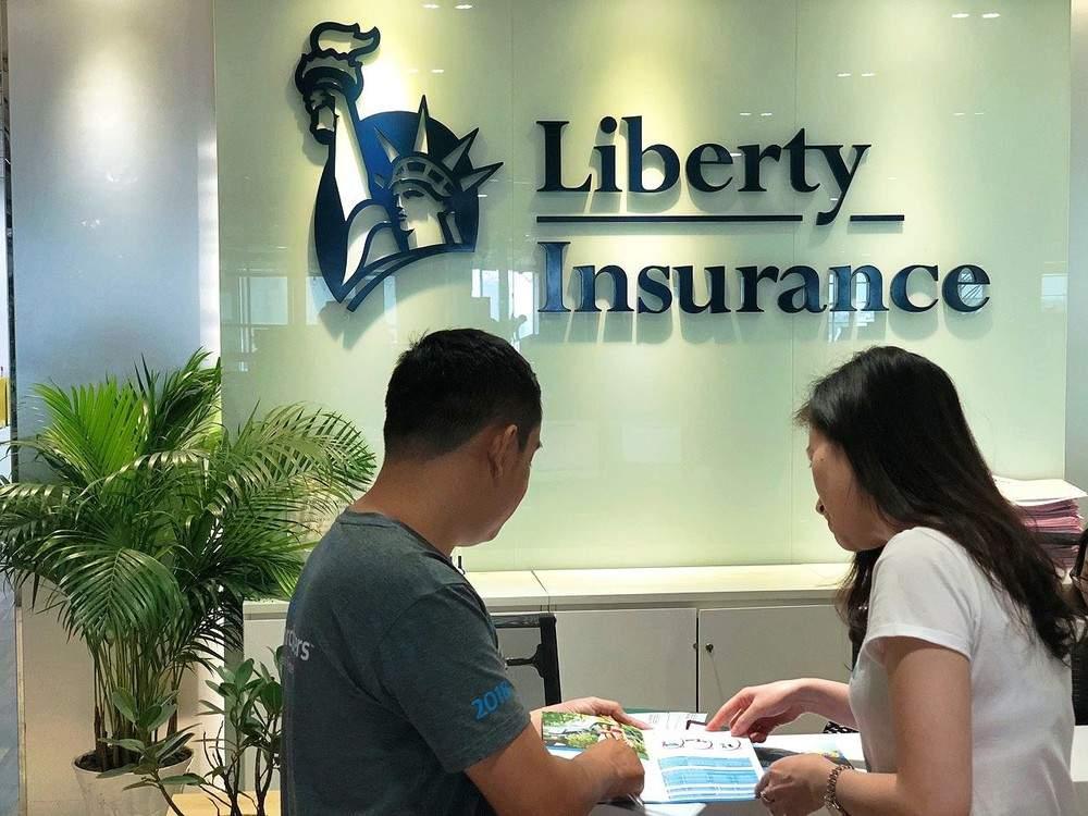 Đến trực tiếp phòng giao dịch của Liberty