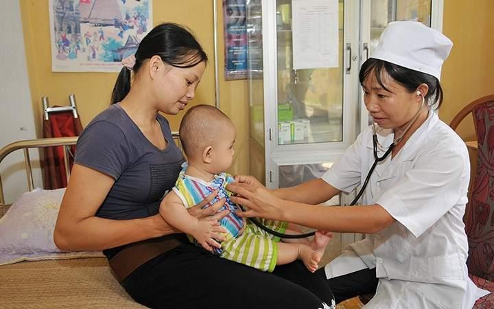 Khám chữa bệnh bảo hiểm y tế cho trẻ sơ sinh