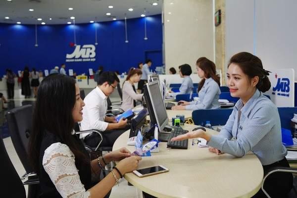 Khách hàng vay mua nhà tại MBBank