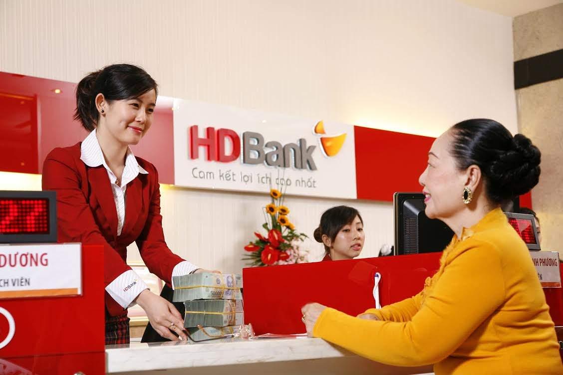Khách hàng đăng ký vay mua nhà HDBank