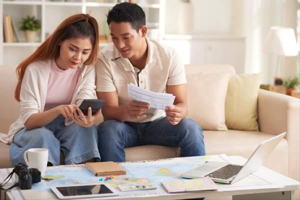 Quản lý tài chính gia đình trẻ