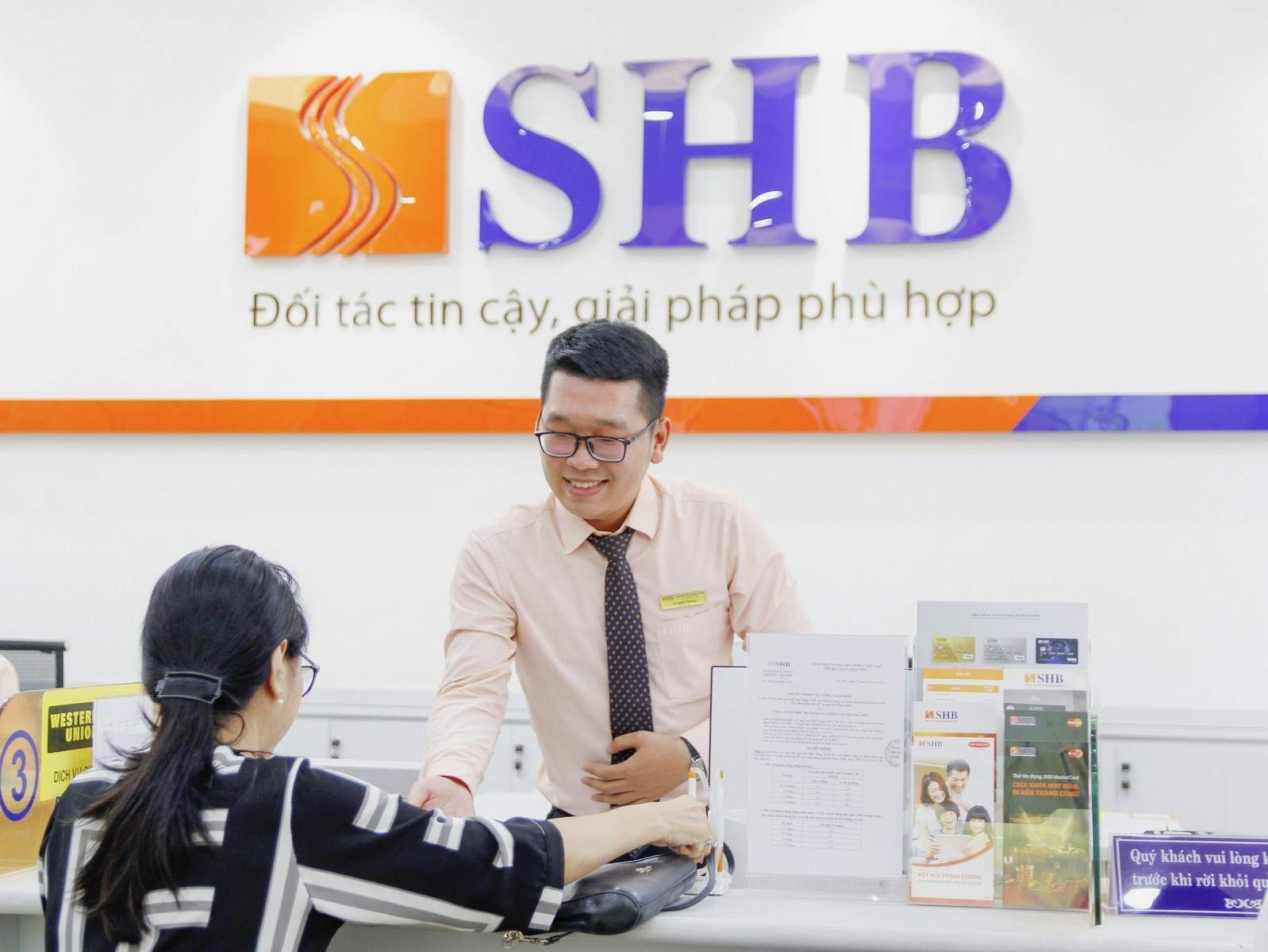 Lãi suất vay kinh doanh SHB khá cạnh tranh