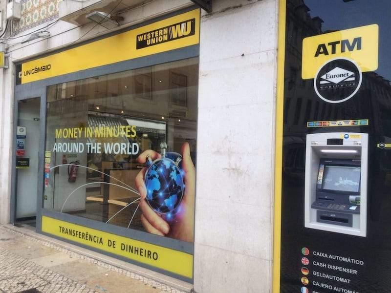 Chuyển tiền từ nước ngoài về Việt Nam qua Western Union vô cùng thuận tiện