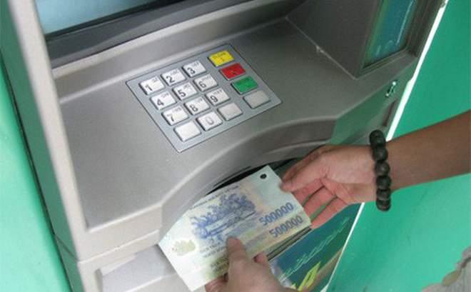 Hướng dẫn các bước rút tiền bằng thẻ ATM Eximbank