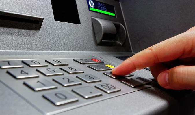 Thẻ ATM Eximbank là gì?