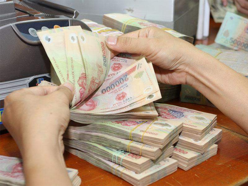 Vay tiền mặt trả góp là gì?