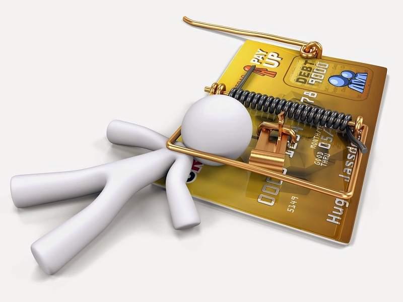 Rủi ro khi rút tiền từ thẻ tín dụng