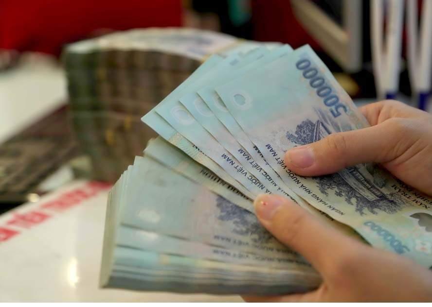 thebank_hinh2khachhangcothevaytoi500trieu_1514455147