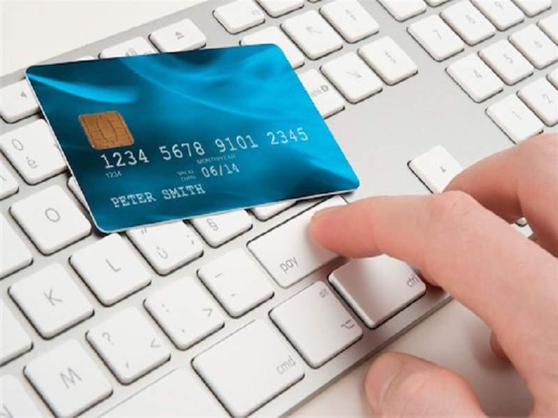 Vay tiền qua thẻ tín dụng với lãi suất hấp dẫn