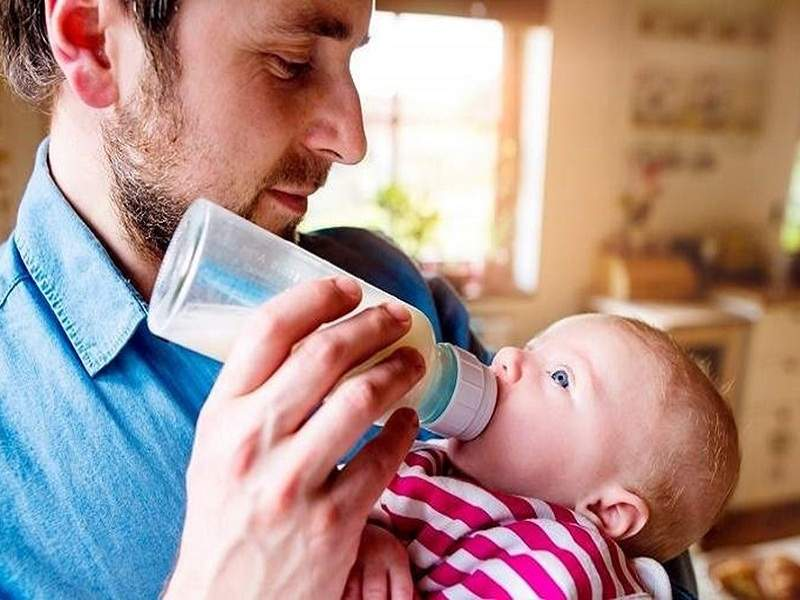Chế độ BHXH giúp nam giới có nhiều thời gian chăm sóc vợ con