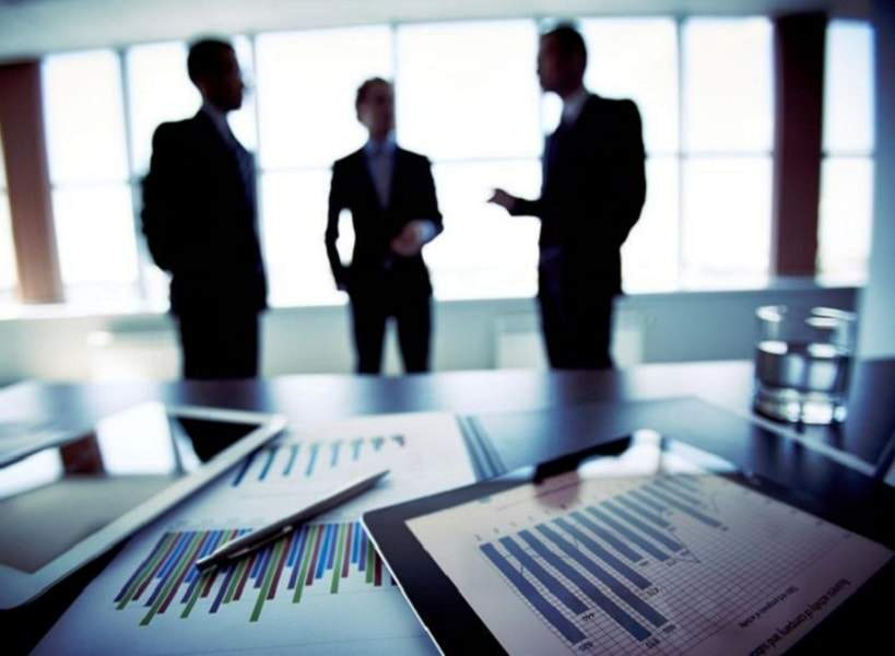 Các nhà đầu tư cần nắm rõ những lý thuyết, khái niệm về chứng khoán.