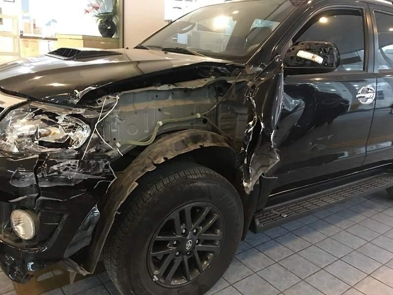 Bảo hiểm ô tô làm giảm thiểu tổn thất khi thân vỏ bị hư hại
