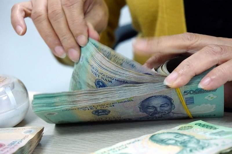Khách hàng phải có tài sản đảm bảo để vay thế chấp Sacombank