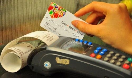 3 thói quen nên hạn chế trong việc sử dụng thẻ tín dụng