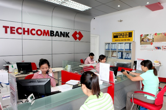 Techcombank được bầu chọn là ngân hàng tốt nhất Việt Nam 2015