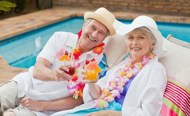 Bảo hiểm sức khỏe người cho người già