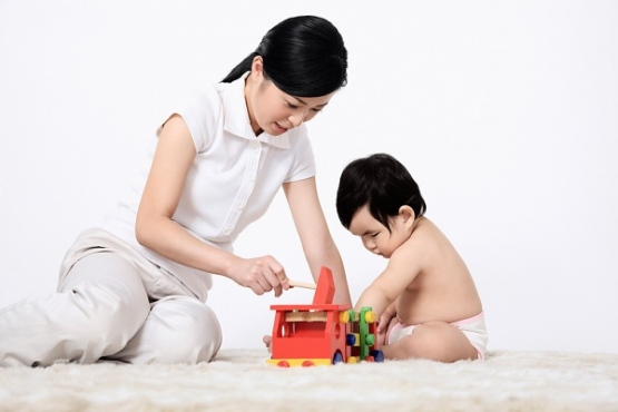vay tín chấp mẹ và bé tại Techcombank