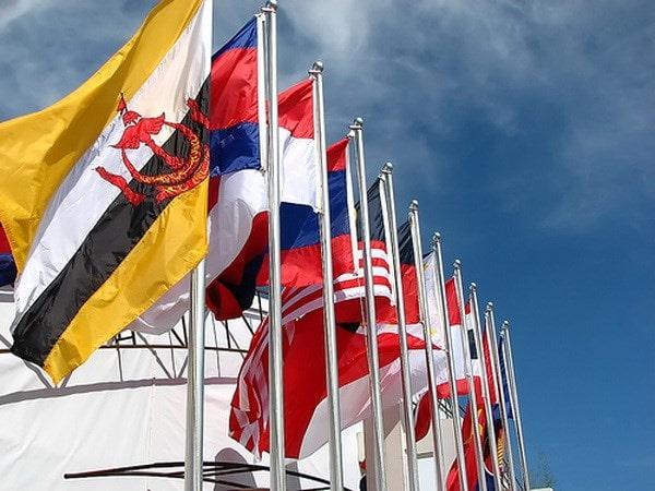 asean-flags-min